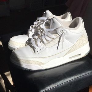 Jordan 3 pure money SIZE 9